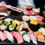 【究極の選択】日本食とマクドナルド、一生それだけ食べ続けなきゃいけないとしたら君たちはどっちを選ぶ?