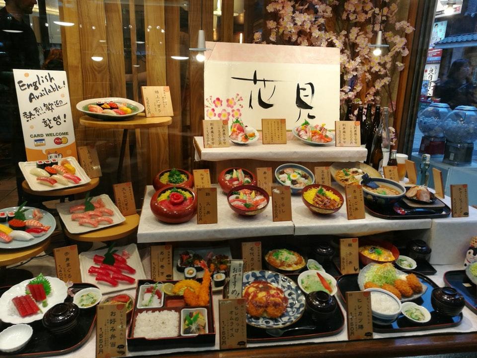 素晴らしい美的センスだ! 食品サンプルに日本の美を見出し感動する外国人たち
